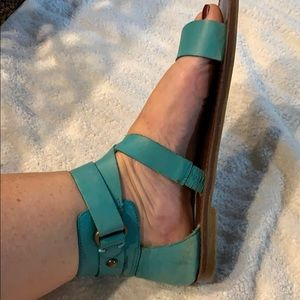 Wrap sandals (turquoise)